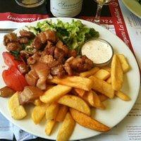 Autre plat : les rillauds avec frites