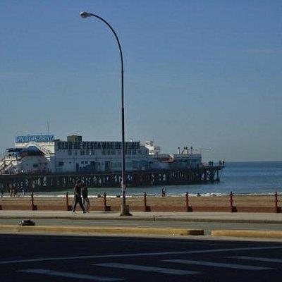 Peatonal San Martín y Buenos Aires, frente al mar