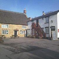 The Rose Inn, Willoughby