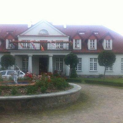 Bychowo Manor house (Dwor)