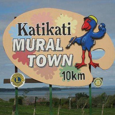 Katikati Mural Town Welcome signage