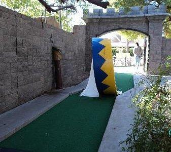 Loop in mini golf