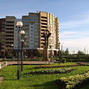 Памятник ПРОМЕТЕЯМ СЕВЕРА