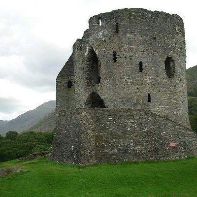 Dolbadarn Castle - early 13th century