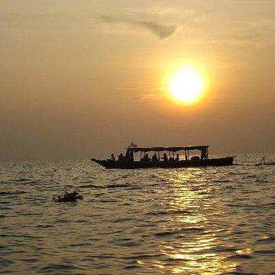 coucher du soleil sur le mekong
