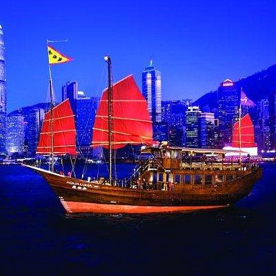 aqua luna sailing by night