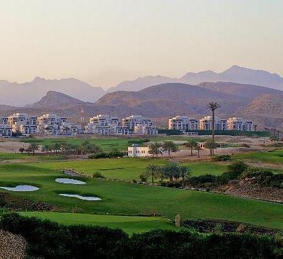 Muscat Hills Course Views