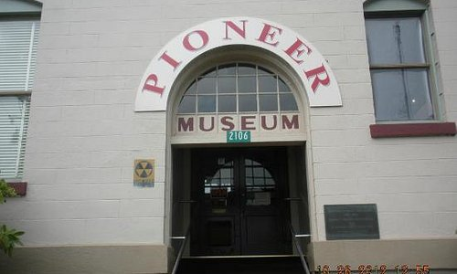 Museum Front-Sign