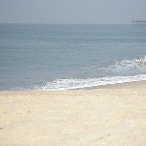 The pristine Allapuzha beach and the beautiful, inviting sea