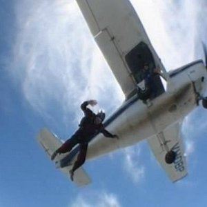Doing a solo jump with Hervey Bay Skydivers