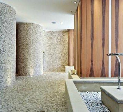 Multisensory shower, Kneipp path