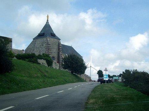 La chapelle du Salut sur la Côte de la Vierge à Fécamp