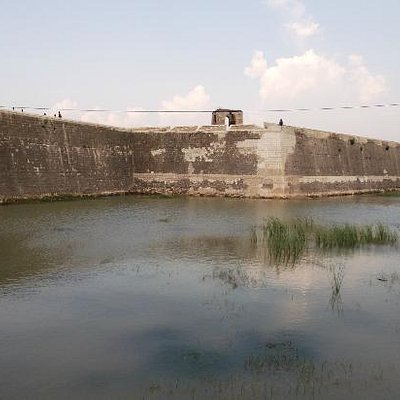 The fort from outside