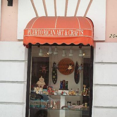 Doorway into the Peurto Rican Art and Crafts store