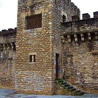 Torrreón en las murallas de Vitoria