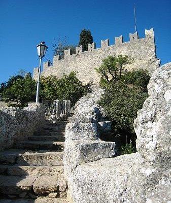 Сан-Марино, в стенах древности