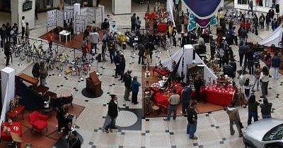Plazoleta Principal del Centro Comercial Bulevar Niza
