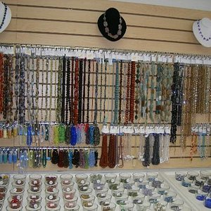 Instore beads and jewelry displays