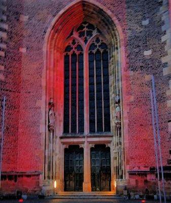 Portal der St.-Georgskirche