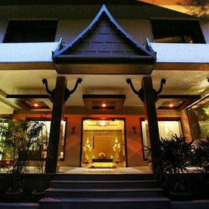 The SAWADHEE Traditional Thai Spa is spread across more than 5000 sq. ft of luxurious space