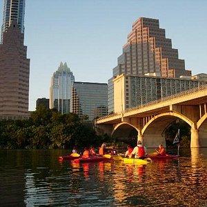 Austin, TX Kayaking Bat-Watching Tour.