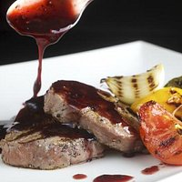 fillet steak whith red wine sauce
