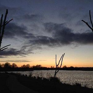 Sunset at Stanwick Lakes