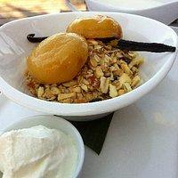 Museli with homemade yoghurt