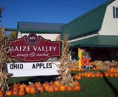 Maize Valley Winery Entrance in the Fall